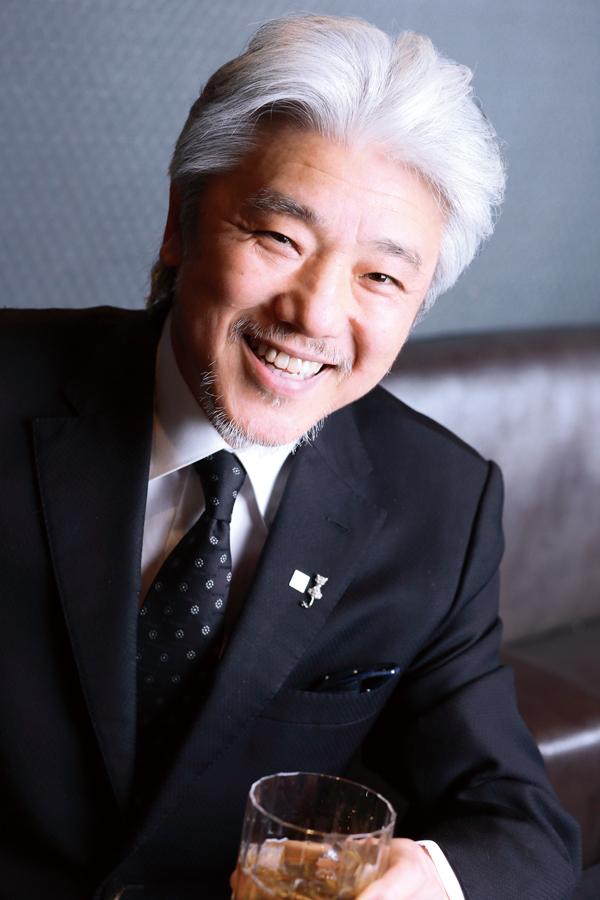 鶴屋文隆氏